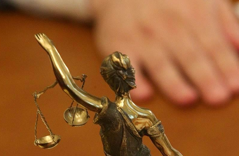 Юрист вВолгограде похитил 400 тыс. уподзащитного