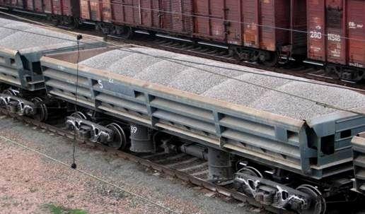 Железнодорожники жалуются назатор извагонов сщебнем вВолгограде
